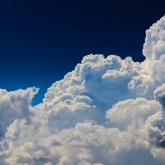Flauschige Wolke